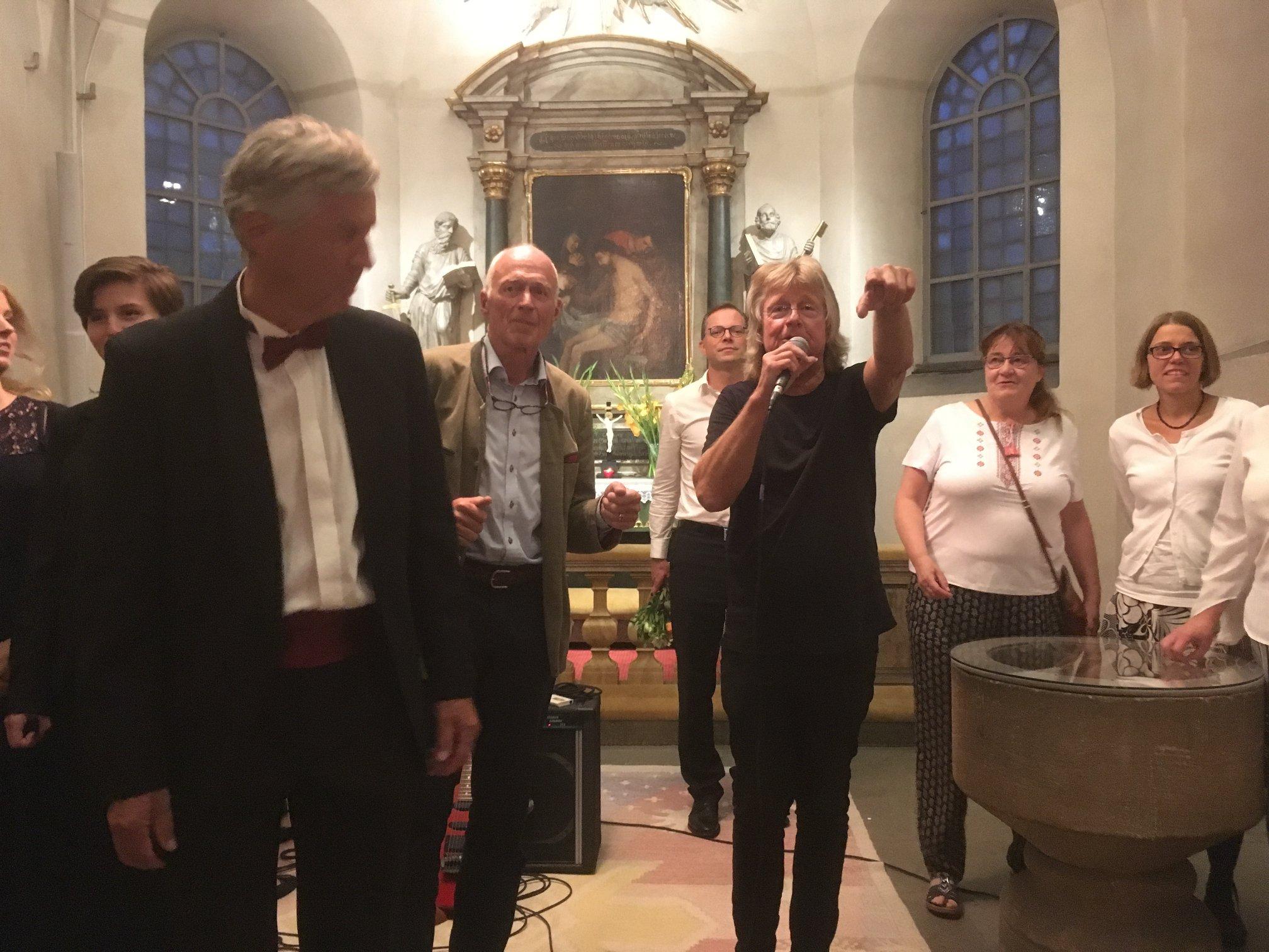 Janne Schaffer och kyrkokören